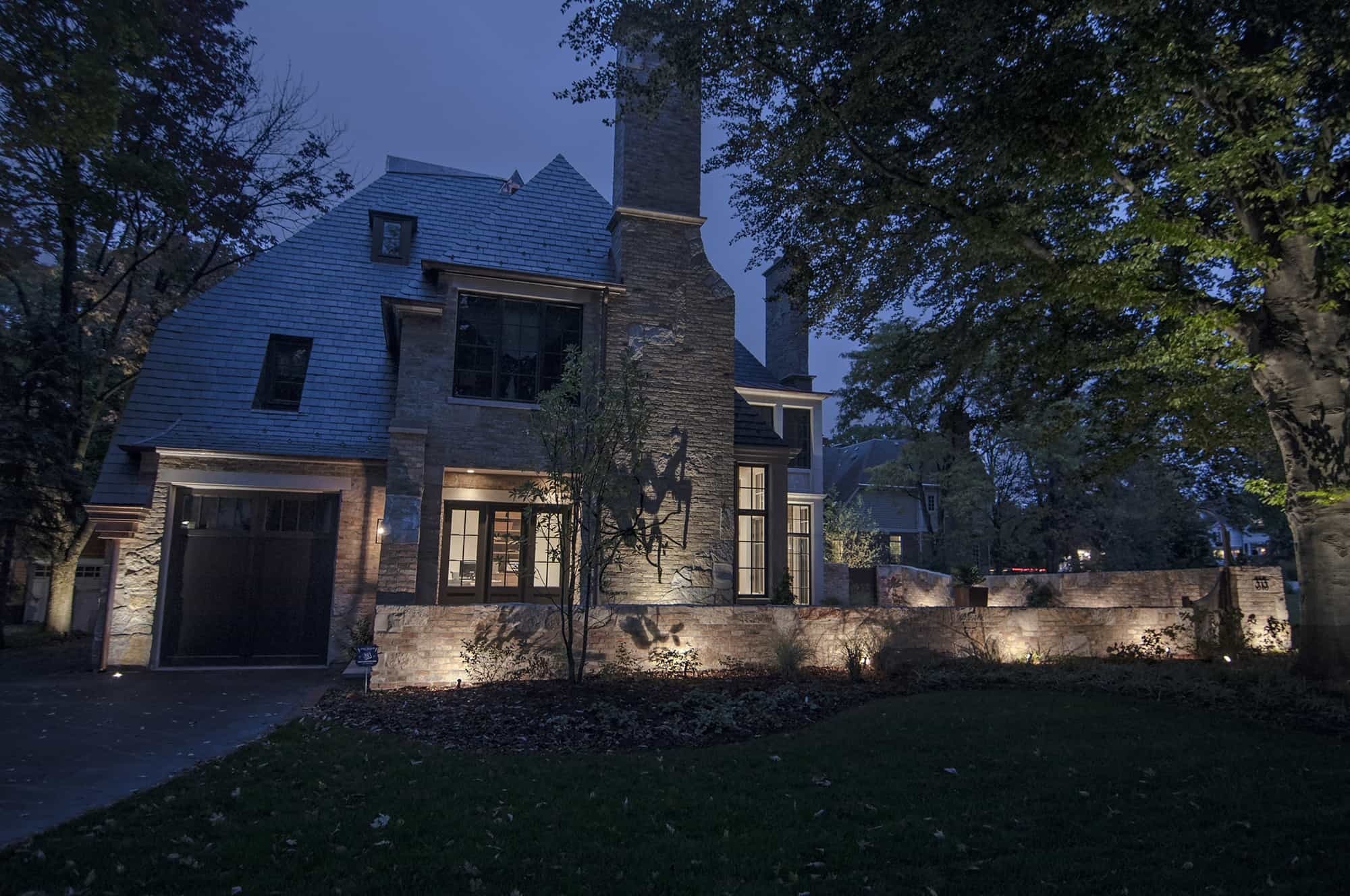 Home Hinsdale Accent Lighting