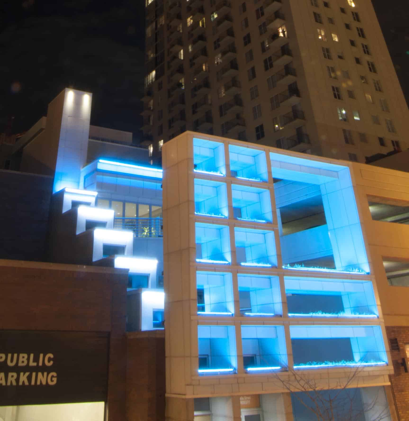 Chicago Building Color Changing Lighting Outdoor