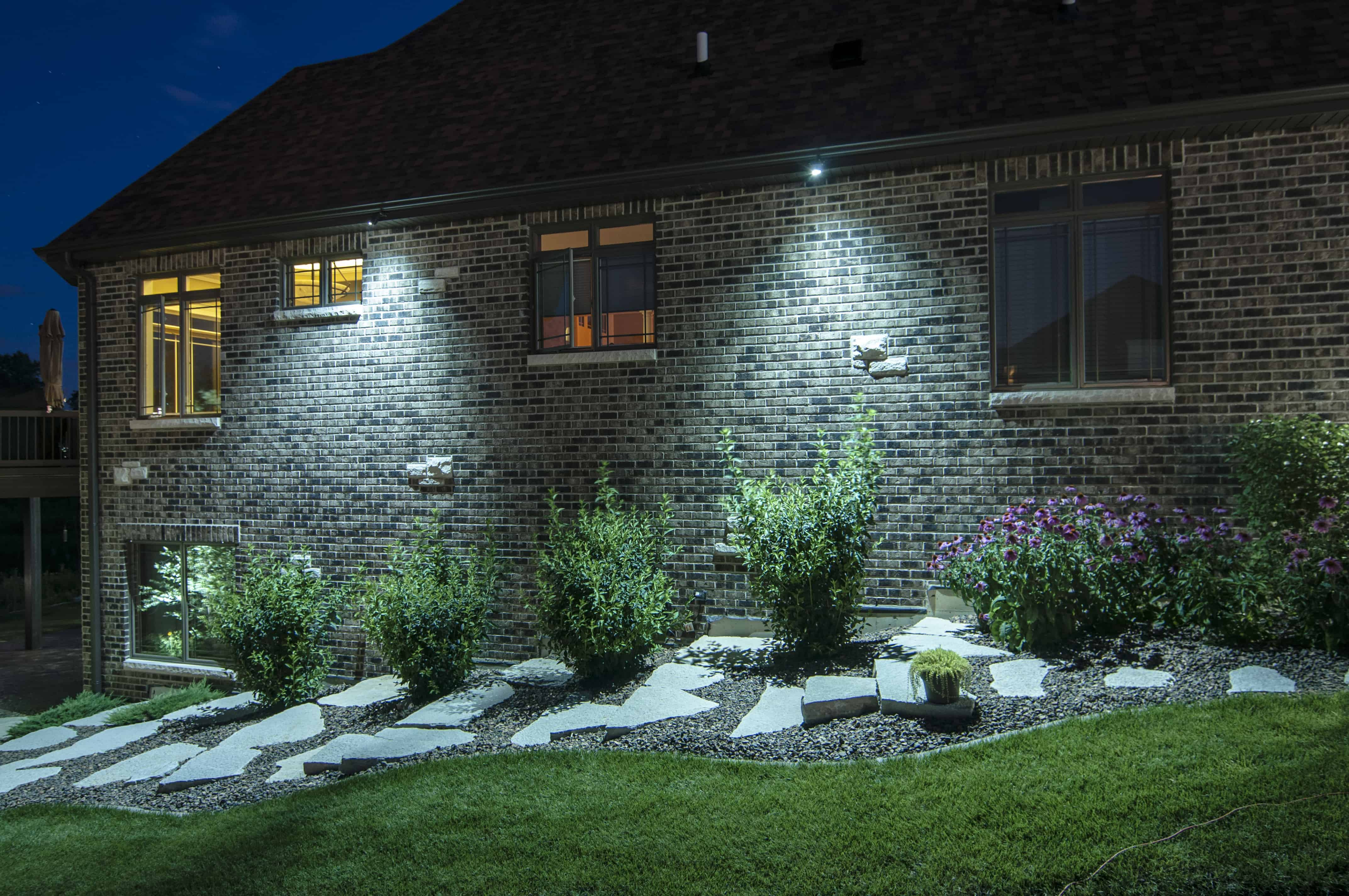 Moon Lighting Outdoor Lighting In Chicago Il Outdoor Accents